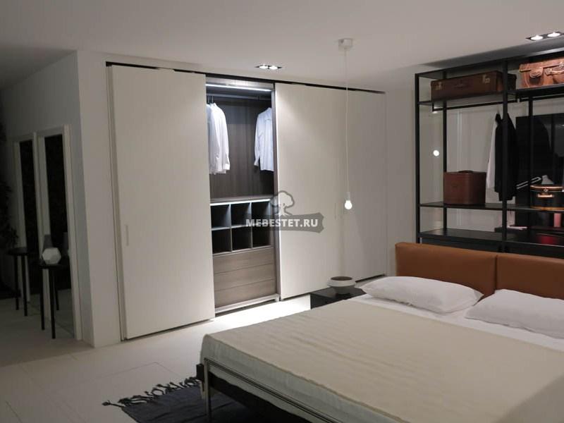 Встроенные гардеробные в спальню фото