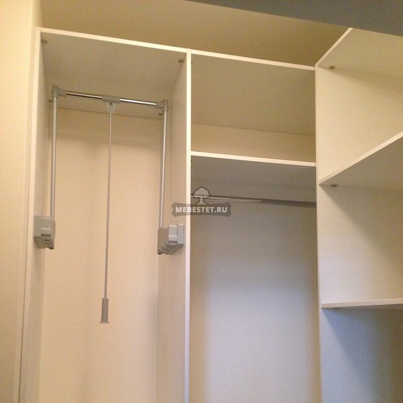 Хранение одежды в гардеробной