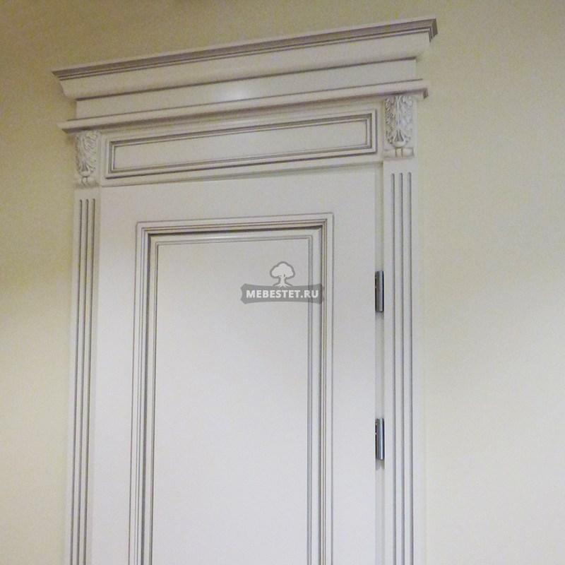 Межкомнатная дверь с патиной