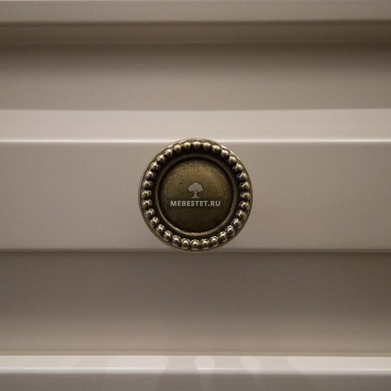 Итальянская фурнитура в гардеробной
