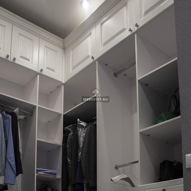 Открытая гардеробная - экономия времени на подбор одежды