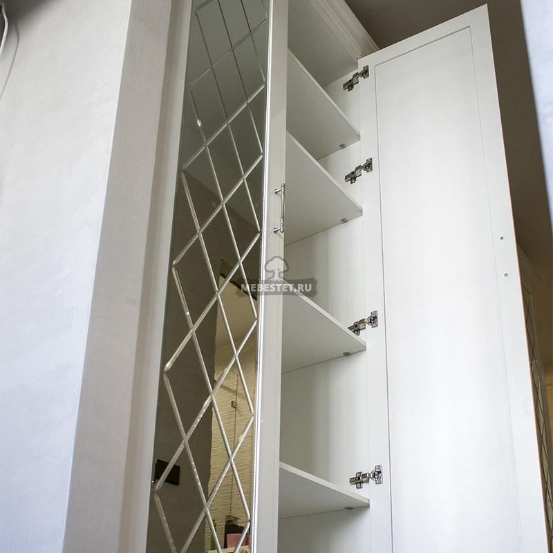 Внутреннее наполнение распашного шкафа