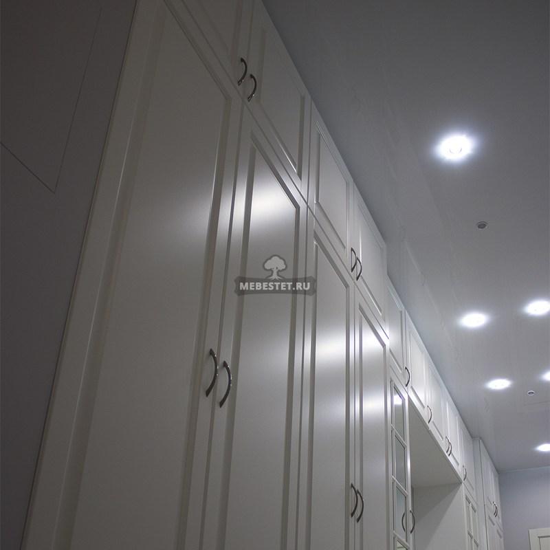 Белый шкаф из МДФ на заказ