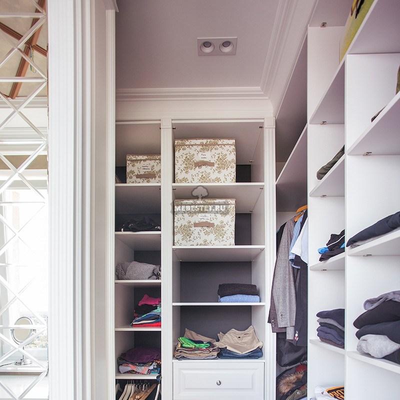 Гардеробные шкафы без фасадов
