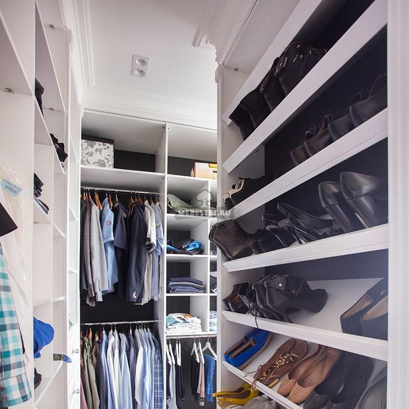 Центральный шкаф с овубницами