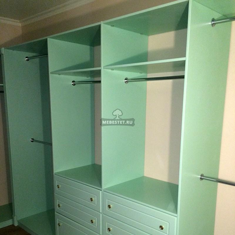 Мебель из МДФ крашенная в зелёный цвет