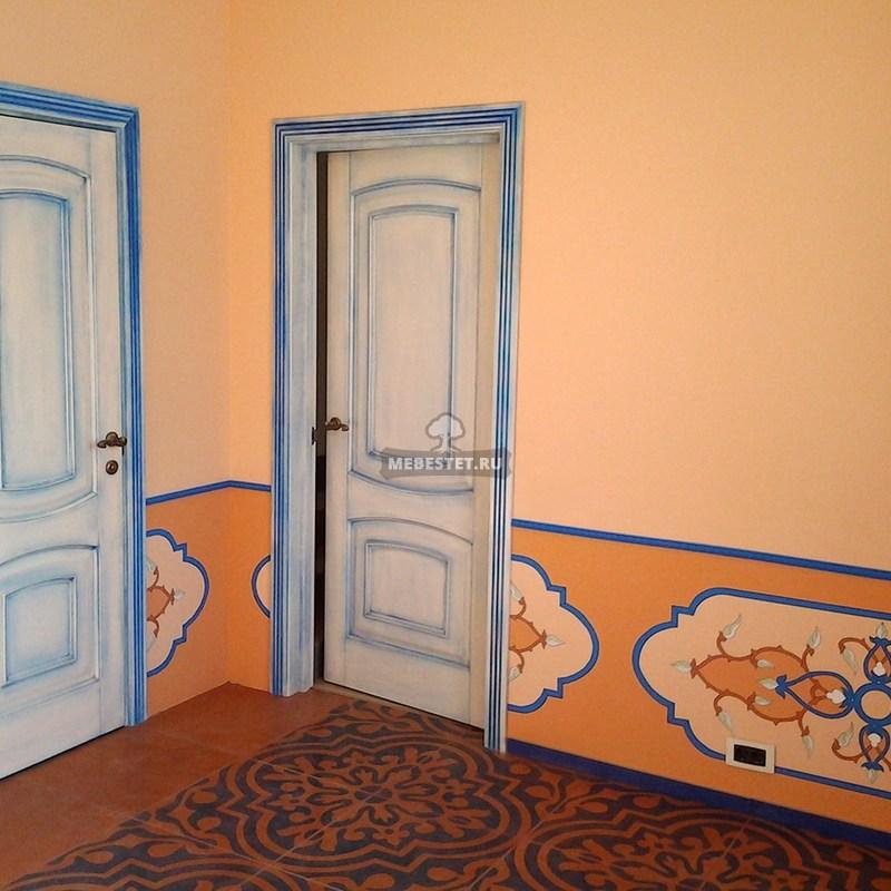 Межкомнатная дверь из массива бука